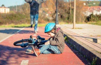 תאונות תלמידים – פוליסת תאונות אישיות